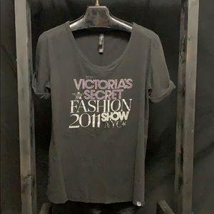 Vintage Victoria's Secret 2011 Fashion show shirt